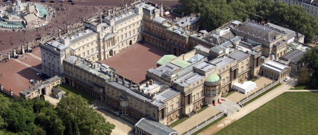 Tours Of Buckingham Palace And Windsor Castle