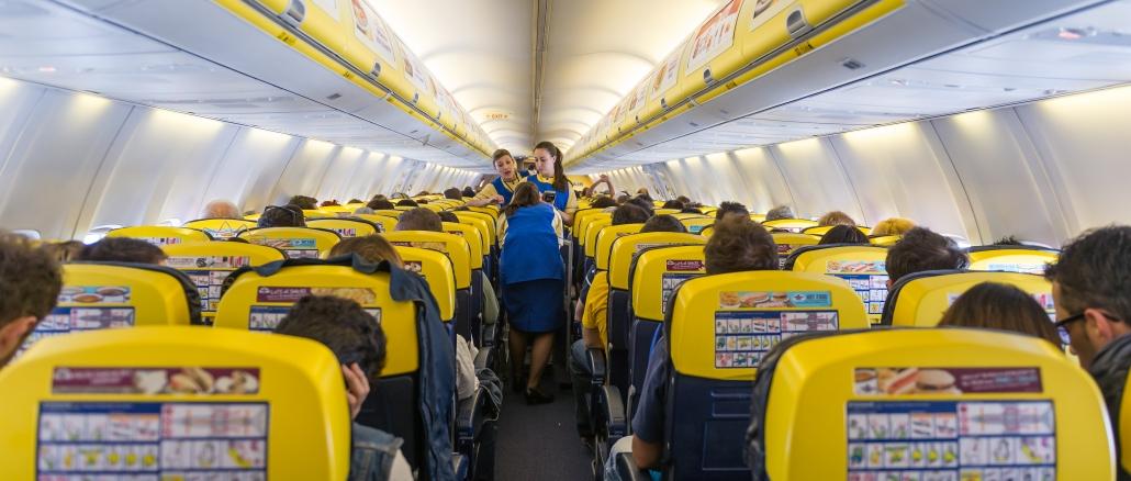 Ryanair die irische billigfluggesellschaft aus dublin for Interieur avion ryanair