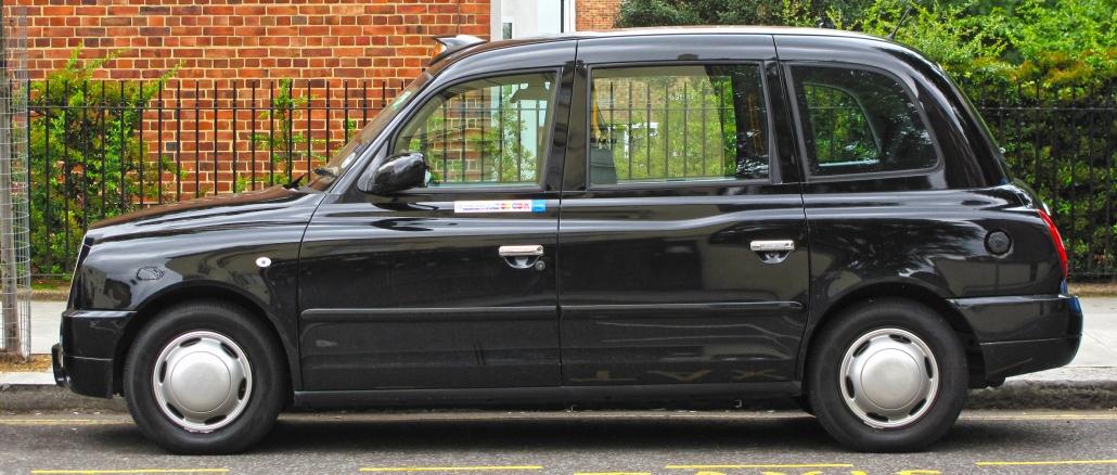 das taxi in london wird black cab genannt und ist sehr beliebt. Black Bedroom Furniture Sets. Home Design Ideas