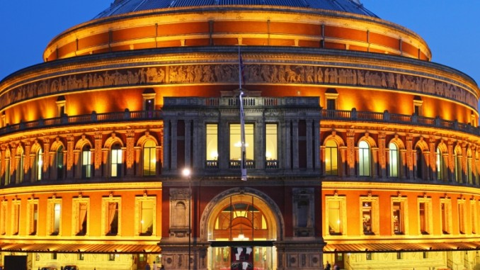 In Der Royal Albert Hall London Sollte Man Konzerte Besuchen