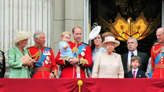 trooping-the-colour-london